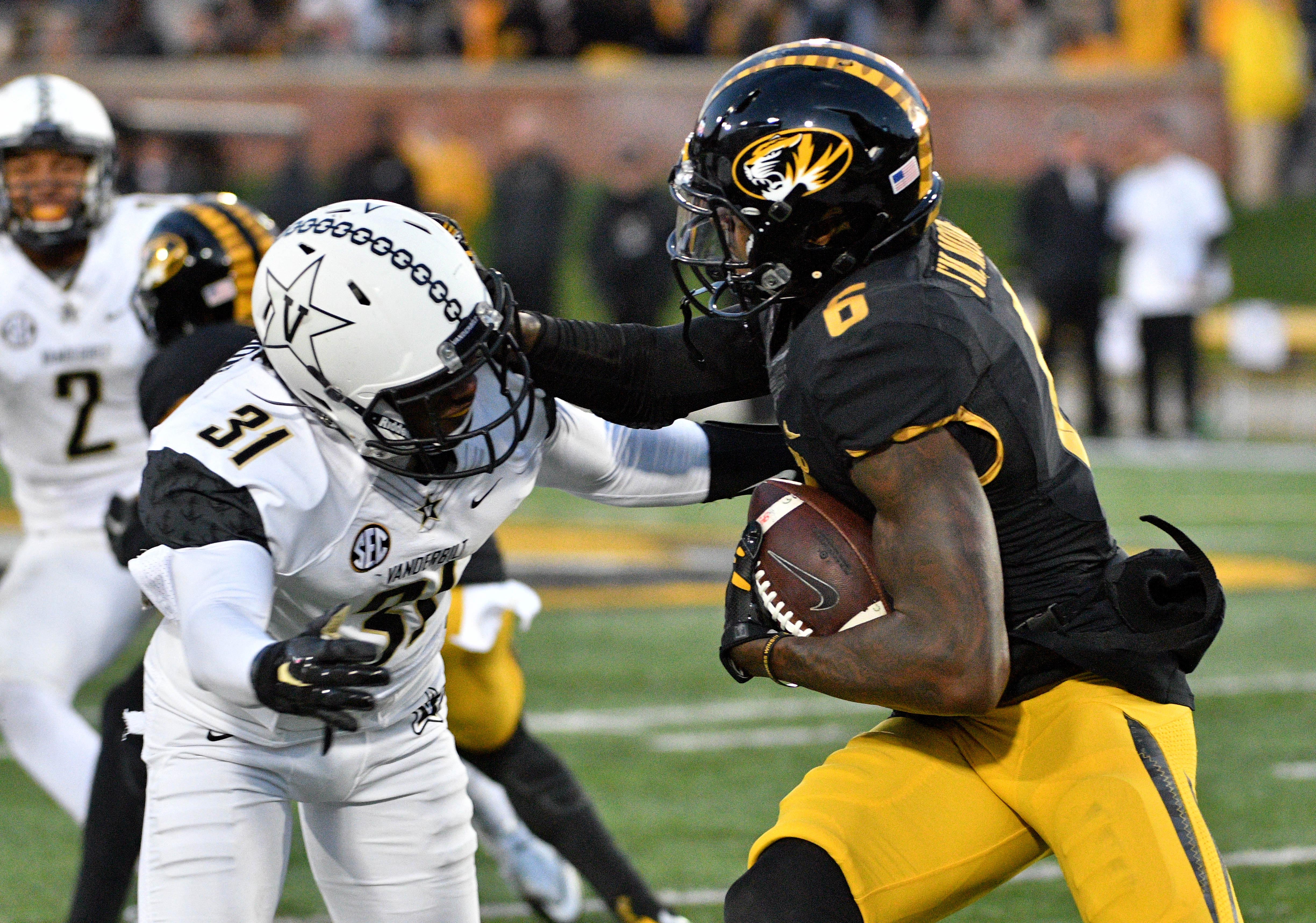 Missouri Football 2017: J'Mon Moore and the wide receivers ...